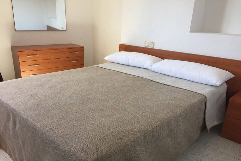 MC Amalia Apartment Levante Benidorm Spain - double bedroom