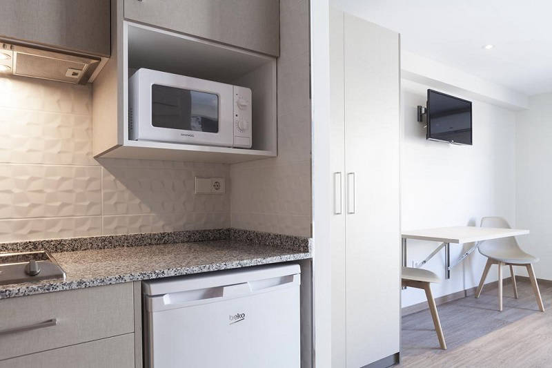 Estudios Benidorm refurbished apartments (2019) Old Town Benidorm. Kitchen