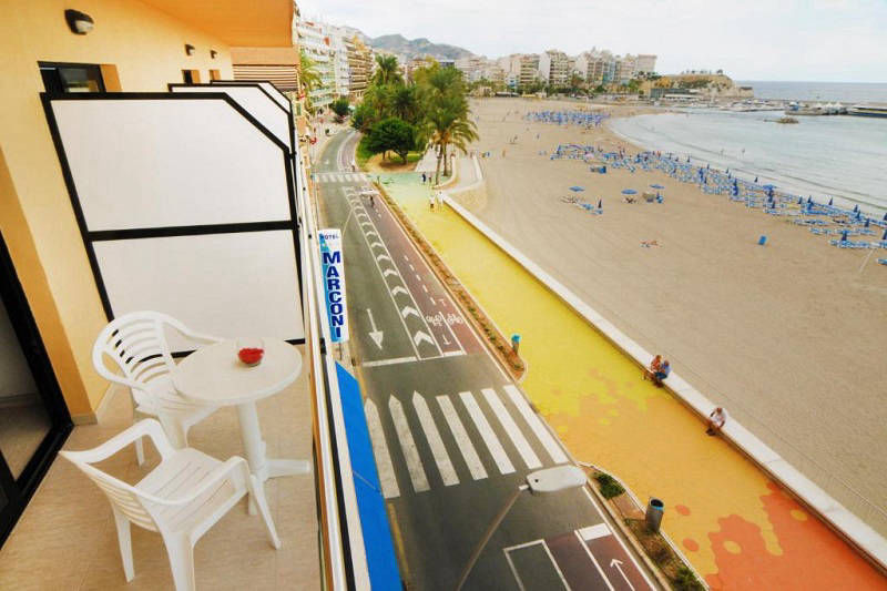 Marconi Beachfront 3 star  Hotel in Benidorm. Sea view room with balcony