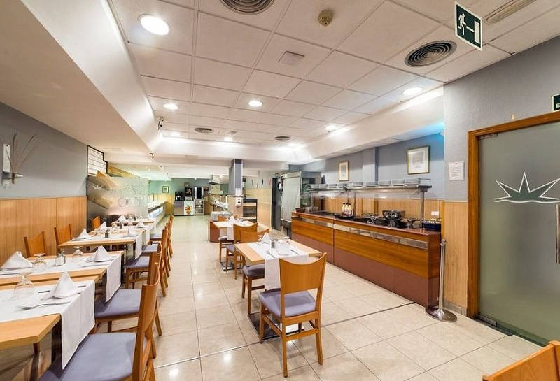 Montemar Beachfront Hotel Benidorm: Buffet restaurant