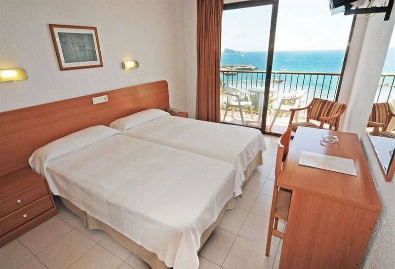 Montemar Beachfront Hotel Benidorm: Sea view balcony room.