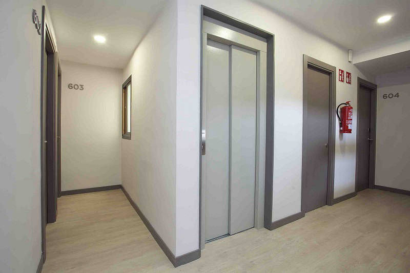 Ribera self catering apartments Benidorm old town - lift to all floors