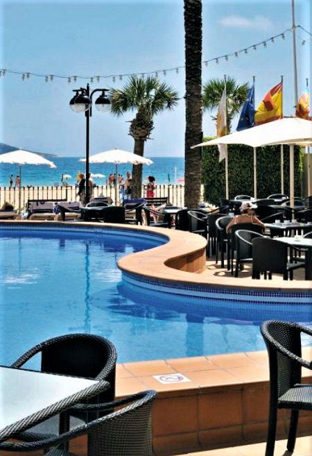 SOL Costablanca Adult only hotel directly on the Levante beach in Benidorm