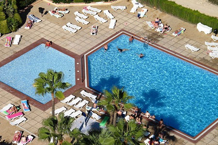 Vistamar Apartments for cheap self catering holidays in Benidorm