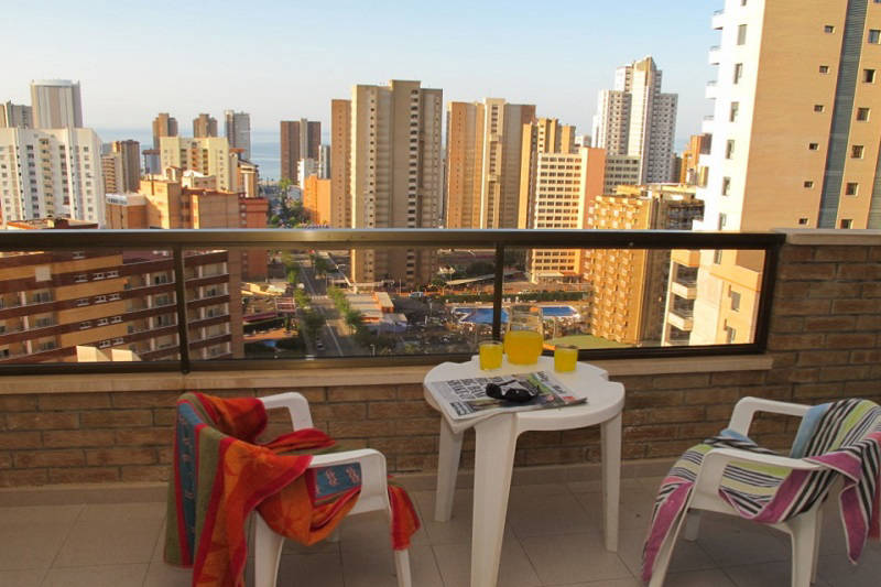 Vistamar Apartments for cheap self catering holidays in Benidorm - balcony