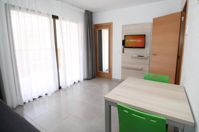 Vistamar Apartments for cheap self catering holidays in Benidorm - standard apartment