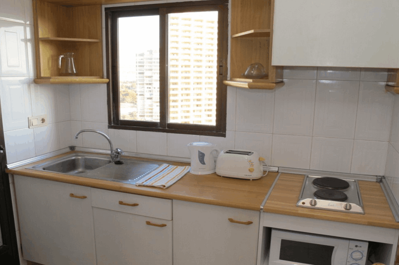Vistamar Apartments for cheap self catering holidays in Benidorm - kitchen