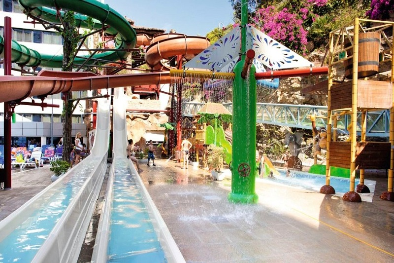 All inclusive Benidorm holidays at the Magic Aqua Rock Gardens