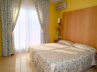 Hotel La Cala Twin Room